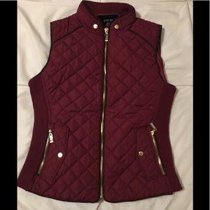 Wine color vest